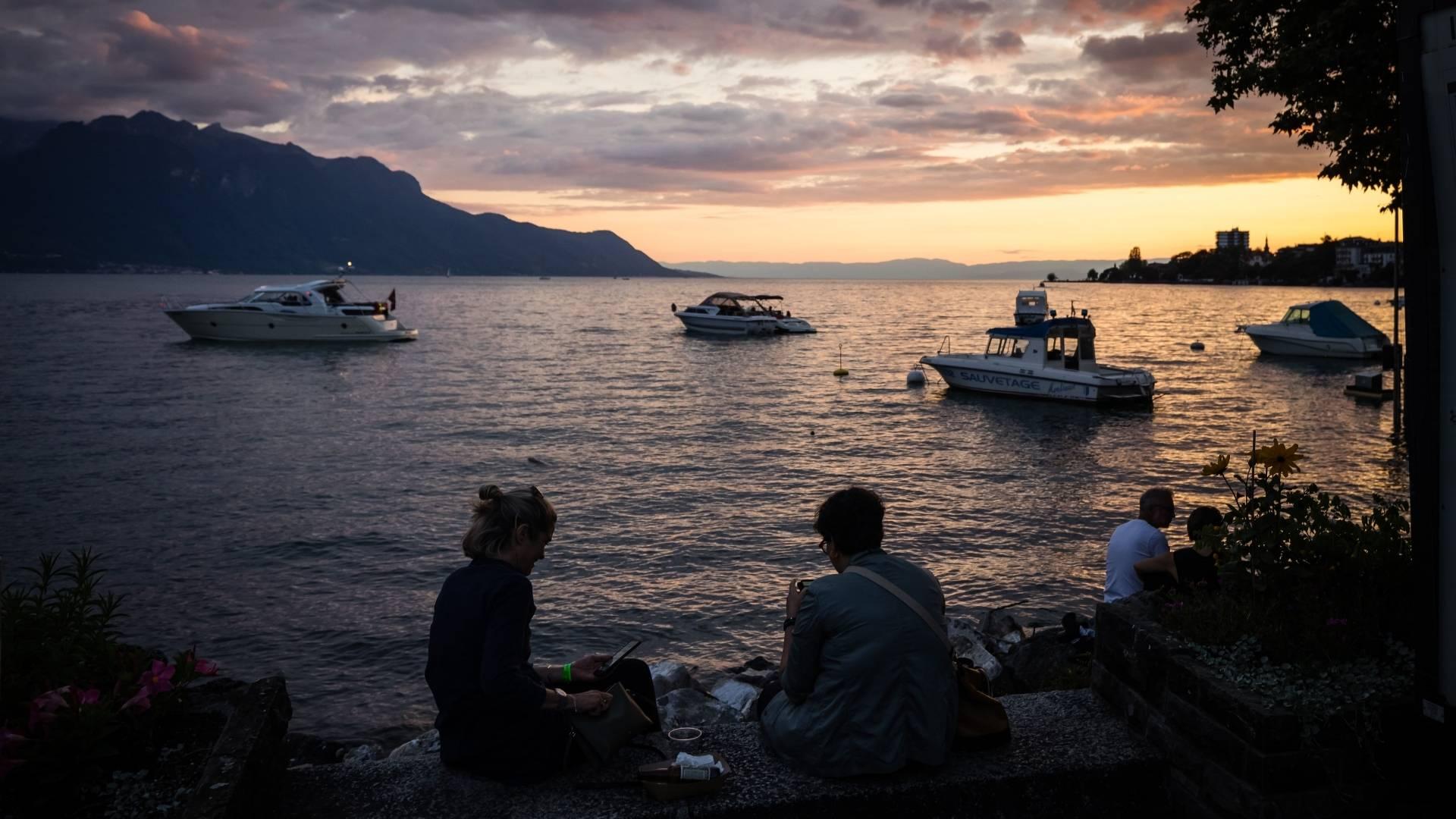 Sunset over Lac Léman